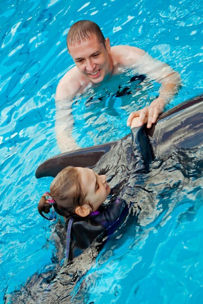 поплавать с дельфинами Лазаревское